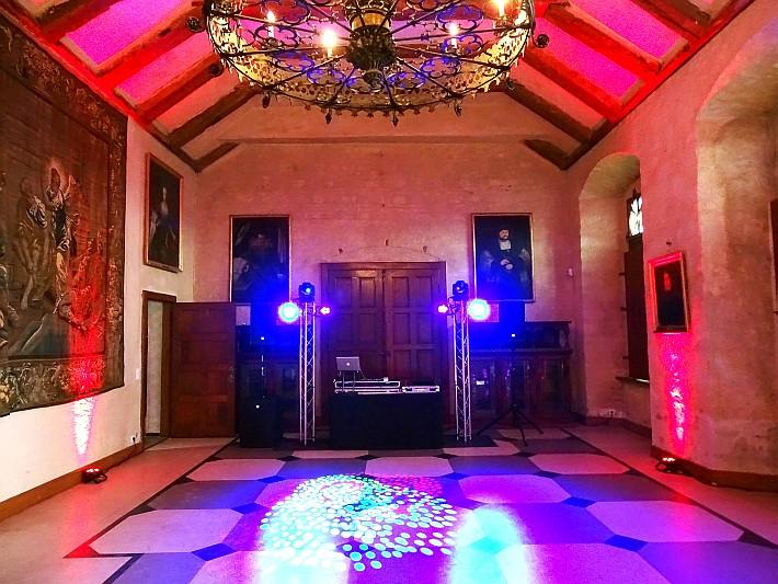 Wedding DJ First Class