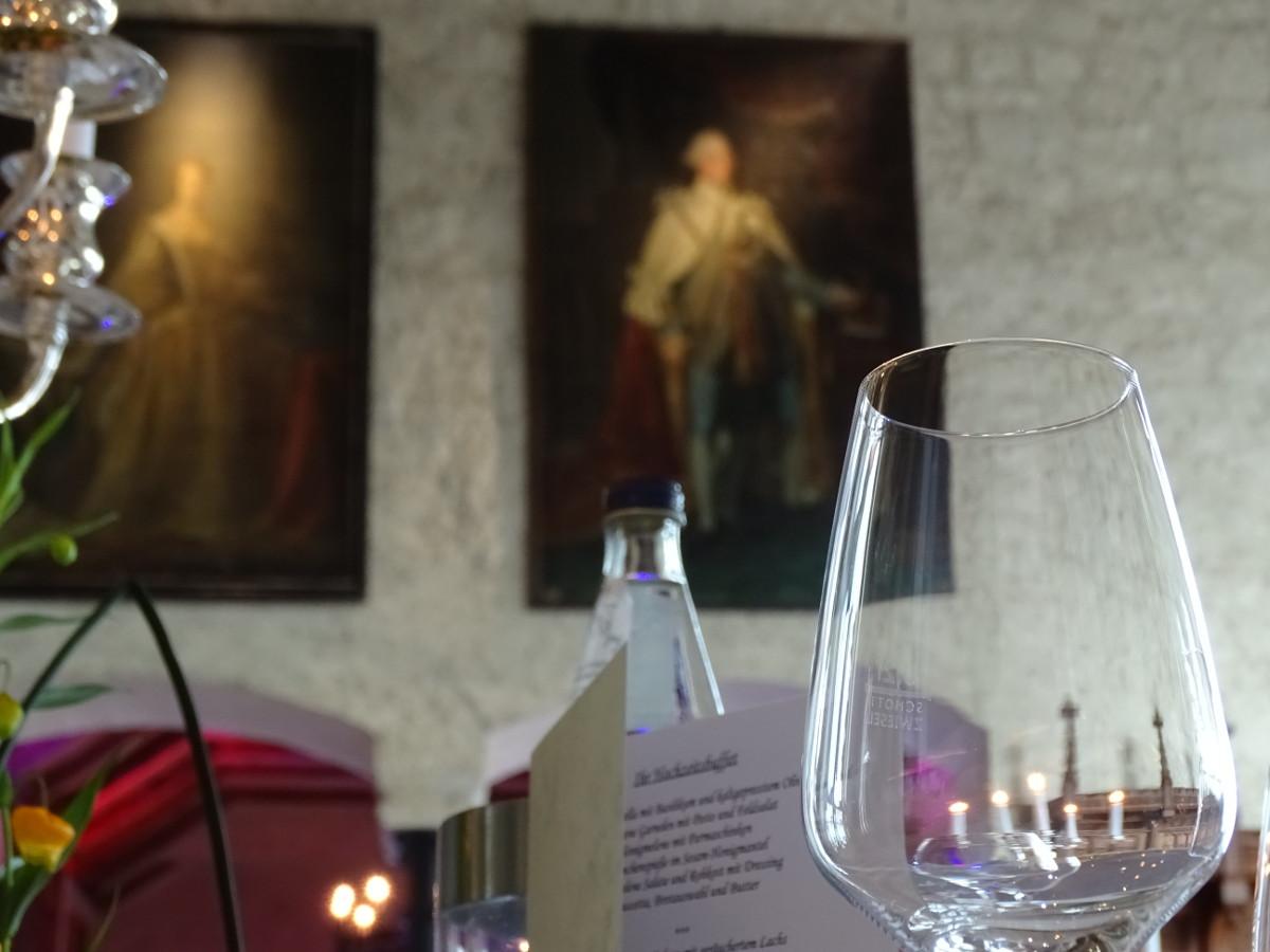 Tischdeko zur Hochzeit im Schloss Marienburg