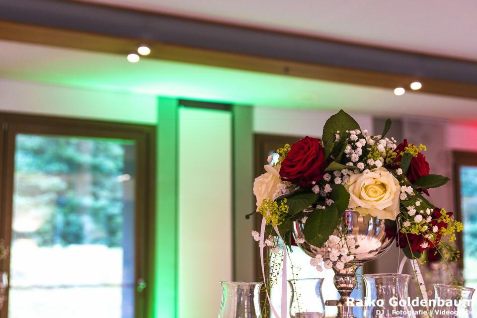Ringhotel Schorfheide - Blumenschmuck zur Hochzeit im Barnim