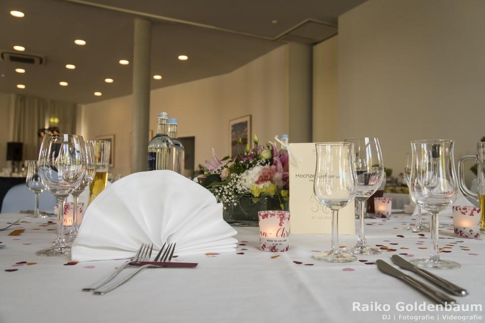 Arcona Hotel am Havelufer Potsdam Hochzeitsfeier Tische