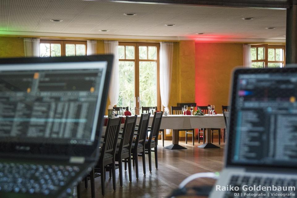 DJ Platz im Hotel Seegarten Grünheide bei einer Hochzeit