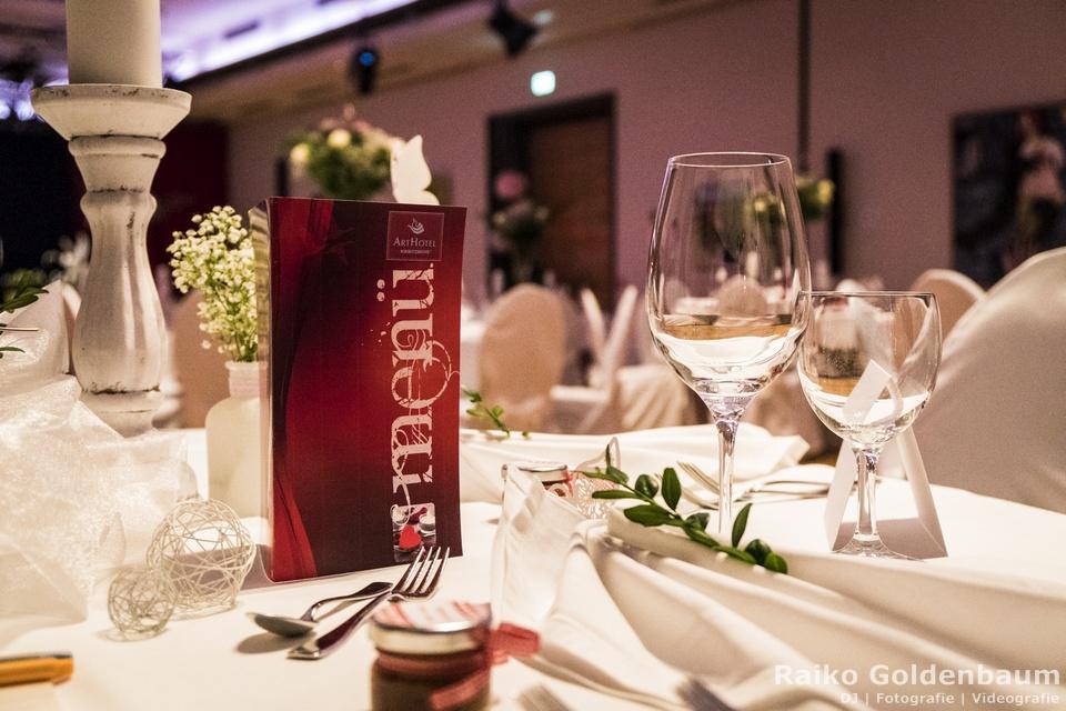 Arthotel Kiebitzberg Havelberg Hochzeit gedeckter Tisch