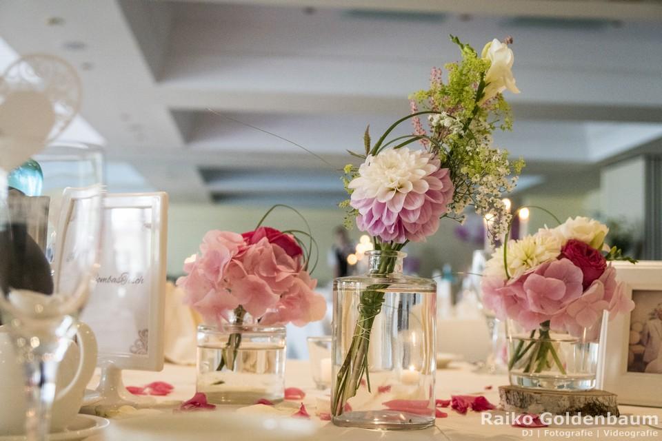 Seehotel Zeuthen Hochzeit Blumenschmuck