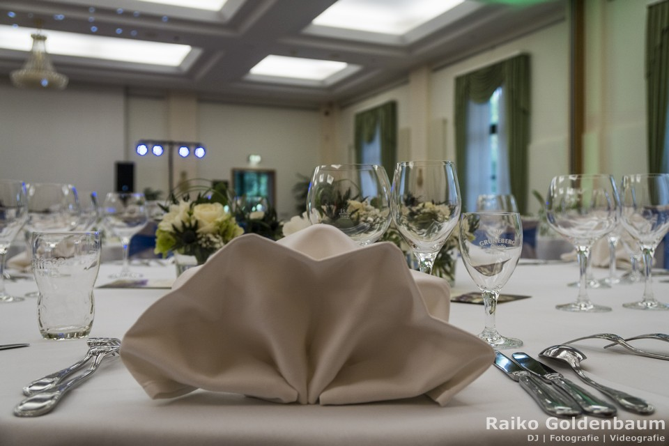 Landgasthof zum Mühlenteich Petershagen-Eggersdorf Hochzeit Tisch
