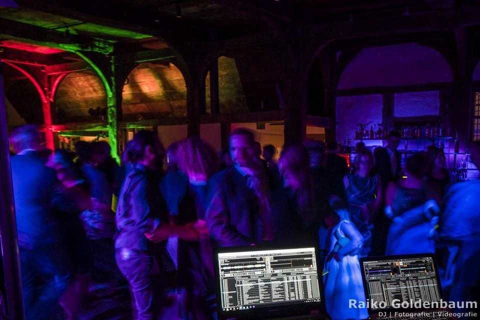 Party DJ Barsinghasuen